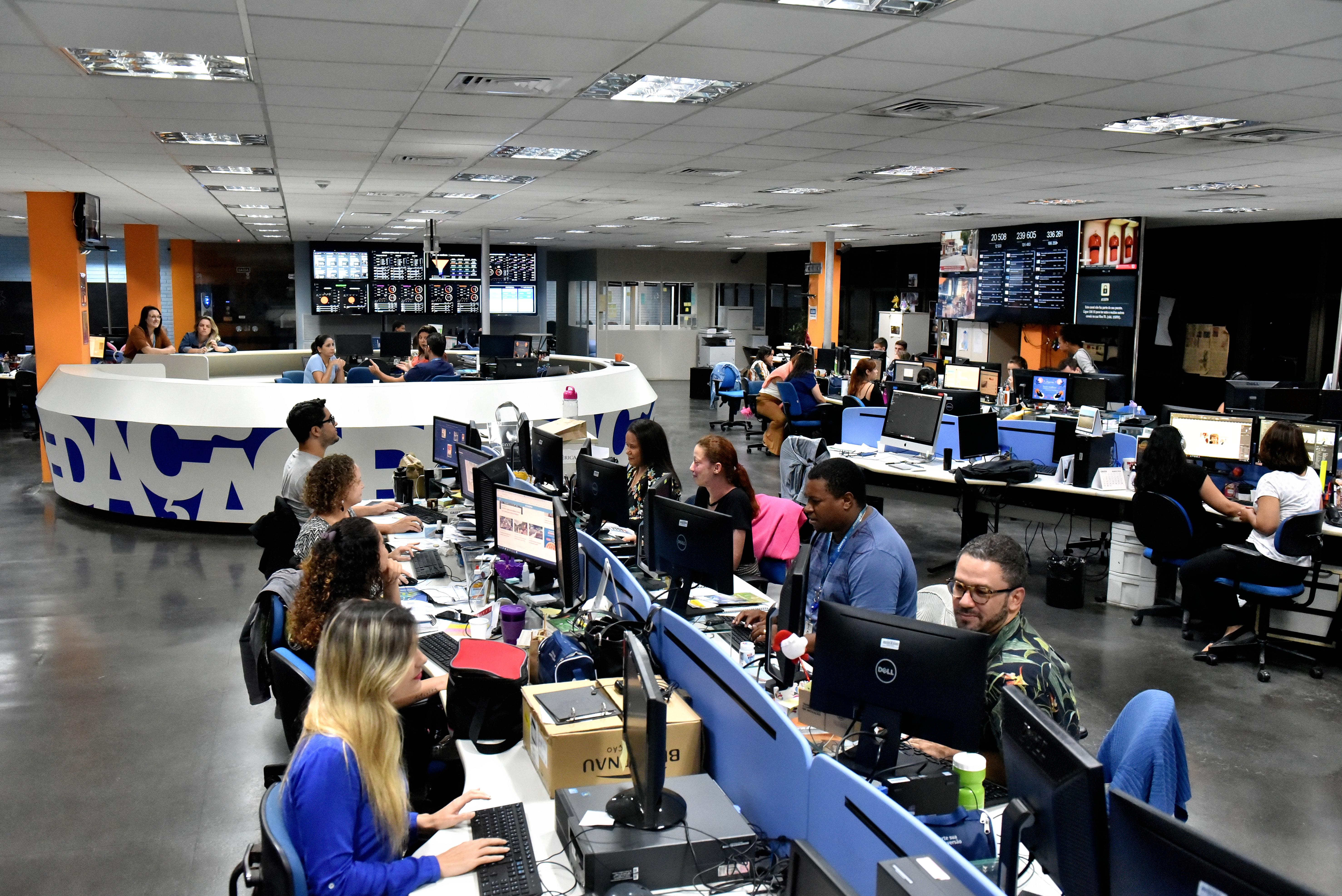 Equipe de A Gazeta reunida